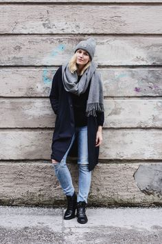 3837a8ad7e 47 Awesome scarf images | Fall winter, Fall winter fashion, Grey fashion