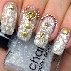 Nail Art Decoration - Eiffel Tower / Gold Charm 3D