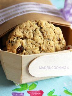 Biscuits aux flocons d'avoine et aux raisins secs @ http://allrecipes.fr