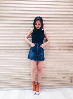 渋谷店でも 大人気のDENIMスカート!  今回から3サイズになりました 安定の美脚効果抜群です