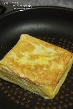 Brunch Recipes, Dessert Recipes, Desserts, K Food, Korean Food, Food Plating, Sandwiches, Food And Drink, Menu
