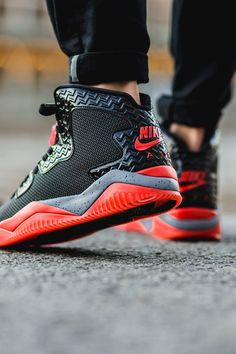 AIR JORDAN Spike 40 Black Fire Red