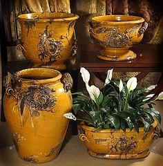 Medici Majolica Honey - Cache Pot - Provence - Tuscany-Handcrafted in Italy-Medici, Majolica, Italy, Intrada, Hand crafted,Provence, Tuscany, Old World, Antique, Rustic,