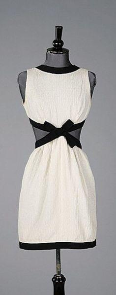 Yves Saint Laurent - 1966 - Kerry Taylor Auctions