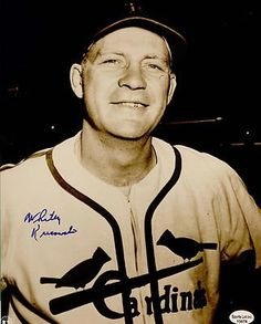 Whitey Kurowski Signed Autographed 8 x 10 Photo St. Cardinals Baseball, St Louis Cardinals, Mlb Stadiums, Playing For Keeps, Baseball Pictures, Cartoon People, Mlb Teams, Great Team, Baseball Players