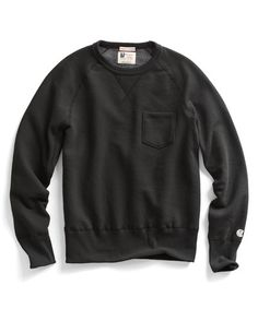 Pocket Sweatshirt in Black