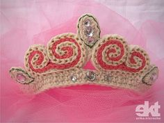 Princess Tiara on crochet pattern