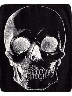 Skull Blanket by Sourpuss Clothing (Black) | Inked Shop - www.inkedshop.com#inked #inkedmag #inkedgirls #inkedguys #black #blanket #cozy #skullblanket