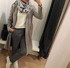 Find images and videos about fashion, hijab and WITH on We Heart It - the app to get lost in what you love. Hijab Fashion Inspiration, Style Inspiration, Modest Outfits, Cool Outfits, Minimal Chic, Muslim Fashion, Pants Outfit, Daily Fashion, Dressing