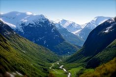 Hjelledalen in Stryn, Norway, by www.touristphoto.no