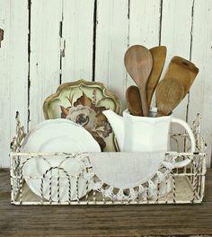 white chippy iron basket