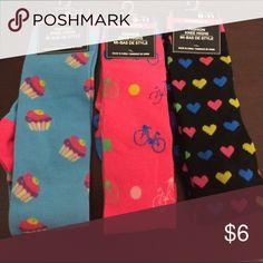 3 pairs women's knee high socks size 9-11 Three pair women's knee-high socks size 9 to 11. Please see photo. Other