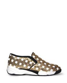 Boutique La Femme - sneaker Sequins paillettes bianco/oro - www.lafemmecorreggio.com Sneaker in tessuto ricamato in paillettes, motivo vichy. Calzatura slip-on e suola ergonomica. Foderata in pelle.Sottopiede in pelle. Suola in gomma. Altezza tacco 4 cm. Made in Italy.