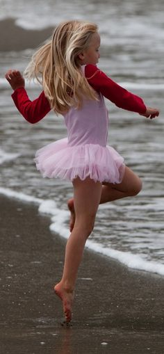 Surf dancer in Morro Bay, California • photo: mikebaird on Flickr