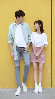 Started a chinese drama and Im obsessed with this girls outfits here is one of my favorites I want to try to find the skirt Matching Couple Outfits, Matching Couples, Asian Actors, Korean Actors, Calvin Klein Underwear Men, Chines Drama, A Love So Beautiful, Korean Couple, Drama Korea