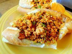 Patricia's PattiCakes: Chorizo con Huevo Bolillos
