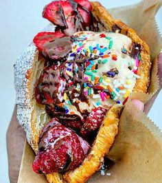 Croissant ice cream sandwich from @churnedcreamery. Photo by @hangryadventures #imhungryla