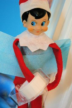 I don't believe in 'naughty' elves but I'm always looking for 'nice' elf ideas. Hundreds of Elf on the Shelf ideas!