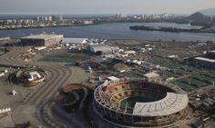 Vista aérea do Parque Olímpico, na Barra Foto: Felipe Dana / APhttp://oglobo.globo.com/