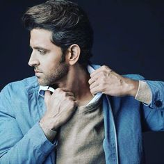 Try beating him in perfection as @hrithikroshan is all set to slay our entire existence by gracing Man's World #hrithikroshan #hrithik #bollywoodhunk #bollywoodhottie #bollywoodactor #megastar #superstar #greekgod #icon #rolemodel #bollywoodstar #bollywood #fitnessicon #fitness #fitnessmodel