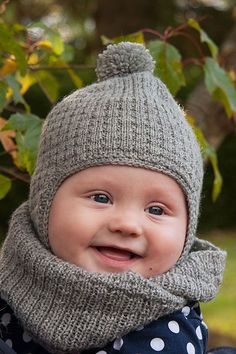 Knit Baby Sweaters, Kids Hats, Crochet Fashion, Crafts To Do, Fun Projects, Handicraft, Baby Knitting, Mittens, Knitted Hats