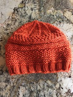 For a little variety on the baby hat thing without getting too complicated.