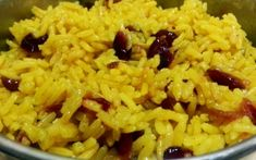 Adapted from a recipe in Bon Appetit. Savory rice with a hint of sweetness. I made just half a recipe in a rice cooker and it was perfect for 2 people. South African Dishes, South African Recipes, Ethnic Recipes, Africa Recipes, Bobotie Recipe South Africa, African Rice Recipe, Yellow Rice Recipes, Raisin Recipes, Recipes