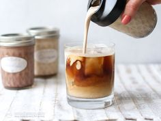 Deliciously creamy sugar-free coffee creamer made with low-carb condensed milk. The perfect way to make keto coffee! Sugar Free Coffee Creamer, Coffee Creamer Recipe, Almond Milk Creamer, Starbucks, Carbs Protein, Flavored Butter, Keto Drink, Diet Plan Menu, Raw Cacao