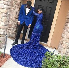 Post-happy,instalove-Bluetifulllll queendaz So gorgeous 😍😍 bestday happy instalove joy photography photooftheday picoftheday wedding wedd Black Girl Prom Dresses, Cute Prom Dresses, Prom Outfits, Beautiful Prom Dresses, Homecoming Dresses, Men's Tuxedo Wedding, Prom Couples, Prom Goals, Prom Pictures