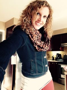 Jean jacket with rust skinny jeans and leopard infinity scarf. Perfect for fall!