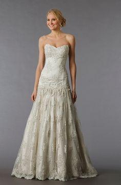 Bridal Gowns: Pnina Tornai A-Line Wedding Dress with Sweetheart Neckline and Dropped Waist Waistline