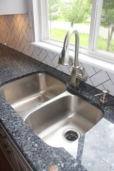 9 Thankful Cool Tips: Farmhouse Kitchen Remodel Layout lowes kitchen remodel farmhouse sinks.Small Kitchen Remodel Eat In kitchen remodel granite quartz countertops.Kitchen Remodel With Island L Shape. Countertop Concrete, Blue Granite Countertops, Kitchen Countertop Materials, Laminate Countertops, Granite Kitchen, Kitchen Backsplash, Kitchen Countertops, New Kitchen, Kitchen Island