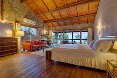 Olympos Mountain Lodge, Kemer Beycik Dağı Antalya. Antalya'dan Kemer yönünü geçip, Beycik tabelasından yukarı dağa doğru çıkıyorsunuz. Yolun sonunda ne kadar güzel bir yere geldiğinize inamıyacaksınız. Sakin, rahat ve güzel bir tatil. Yemekler, hizmet ve doğa mükemmel. Havayı doya doya içinize çekin! ☎️ 0242-8161246 2 kişi oda kahvaltı 348 TL. www.kucukoteller.com.tr/olympos-mountain-lodge Tags: #dağevi #dagevi #orman #doğa #manzara #şömine #kucukotellerolymposmountainlodge