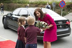 Royals & Fashion - Then she opened the international school in the city.