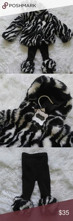 Mud pie girls zebra outfit Adorable faux zebra fur coat, sweater leggings and a matching bow! 0-6 month is the size of both Mud Pie Matching Sets