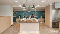Bedrijfsrestaurant Alrijne Ziekenhuis Leiden. Ontwerp en realisatie door Rever.