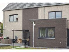 Realisaties   AVL Woningbouw Garage Doors, Outdoor Decor, Modern, Home Decor, Trendy Tree, Decoration Home, Room Decor, Home Interior Design, Carriage Doors