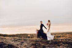 Wedding photos in sweden -  flowers bouquet, wedding dress, sunset. Photograper evelinalovisa.se Bouquet Wedding, Wedding Dresses, Sweden, Wedding Photos, Sunset, Couple Photos, Couples, Flowers, Bride Dresses