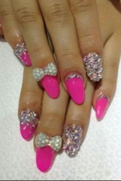 Dazzling Nails ♡