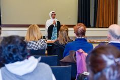 """A library in California hosted a """"Meet A Muslim"""" event where locals could get closer to Islam & Muslims!"""