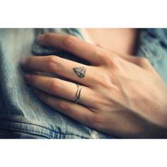finger tattoo tattoo