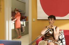 """102 """"Escena de Chicas y Maletas con Lena (Penélope Cruz) y Chon (Carmen Machi)"""" / Los Abrazos rotos (2009)"""