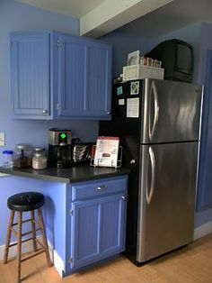 the color and cabinets - no. the coffee bar next to the frige - two thumbs up
