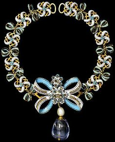 Bow Necklace, Enamel, Table-Cut Diamonds, Pearls and Sapphires.  c.1660, Italy.   Victoria & Albert Museum Collection.