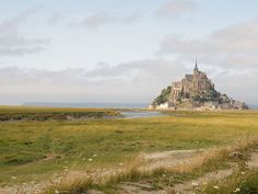 Normandy 4-day road trip (Honfleur, Bayeux, D-Day Beaches, Mont Saint-Michel)