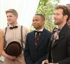 """Bones - The Woman in White -- Hodgins (TJ Thyne, R) and Jeffersonian interns Wendell Bray (Michael Grant Terry, L) and Dr. Clark Edison (Eugene Byrd, C) attend Brennan and Booth's wedding in the """"The Woman in White"""" Booth And Bones, Booth And Brennan, Bones Tv Series, Bones Tv Show, Ryan O'neal, Best Tv Shows, Best Shows Ever, Favorite Tv Shows, Favorite Things"""