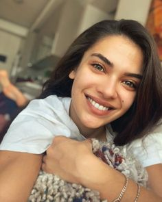 Turkish Women Beautiful, Turkish Beauty, Foto Bts, Trendy Hoodies, Cute Black Boys, Hottest Female Celebrities, Turkish Actors, Actors & Actresses, Photo And Video