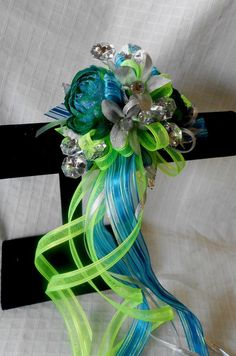 Custom Prom Flowers by Love & Lace