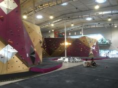 Bouldering Corral @cruxcc in Austin #climbinggymreviews