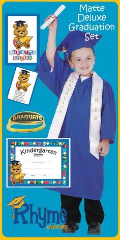 "Lot of 25 NEW! /""Kindergarten Graduate!/"" Animals Surrounding Sign Lapel Pins"